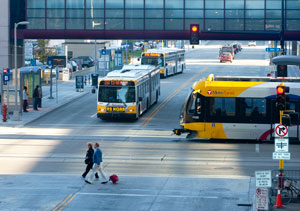 Photo light rail and bus downtown minneapolis