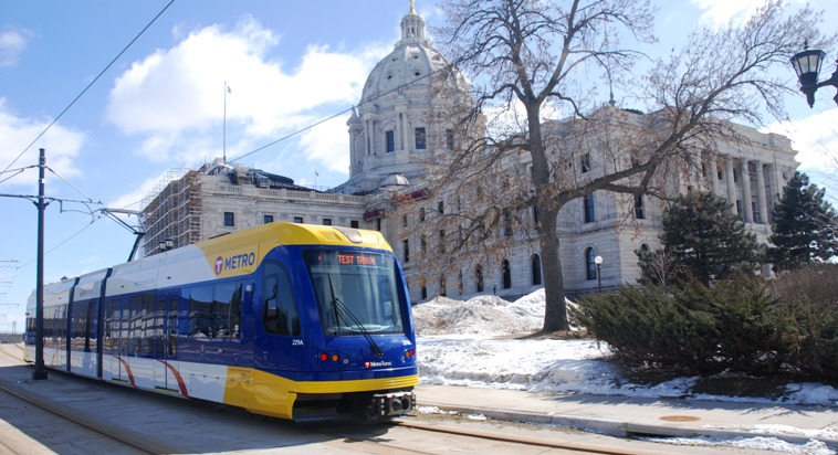 Image of METRO Green Line train in front of Minnesota State Capitol.